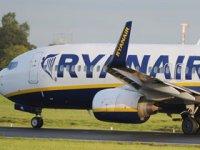 Ryanair'den alkol kısıtlama çağrısı