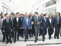 Bakan Ahmet Arslan, kamyoncuları dinledi