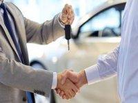 Yeterlilik belgesi olmayan araba alıp satamayacak