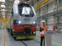 Dünyanın en güçlü elektrikli kargo lokomotifi!