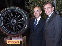 """Pirelli'den İtalya Cumhuriyet Bayramı'na özel """"üç renkli"""" lastik"""