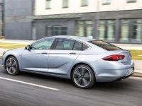 Opel'in 3 modeline yakın takip