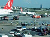 Atatürk Havalimanı'nda iki uçak çarpıştı