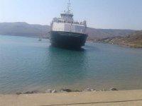 170 yolculu feribot Çanakkale'de karaya oturdu