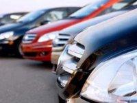 Siparişler iptal: Lüks araçlar gümrükten döndü