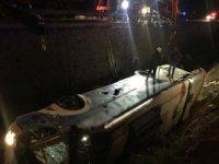Yolcu otobüsü su kanalına devrildi: 8 ölü, 28 yaralı