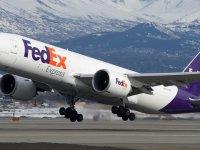 Bir gecede iflasın eşiğinden dönen FedEx'in öyküsü