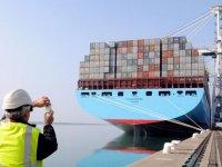 Maersk'e Moody's darbesi