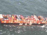 MSC ZOE gemisinin 270 konteyneri denize düştü