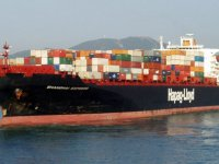 Hapag-Lloyd'un konteyner gemisi yanıyor