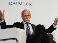 Daimler'in elektriklisi, Tesla filosuna girdi