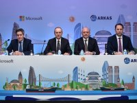 """Arkas Holding, rotasını """"bulut""""a yöneltti"""