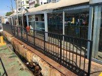 İstanbul'un iskeleleri dökülüyor