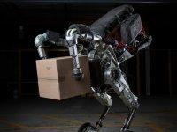 İşte Boston Dynamics'in taşıyıcı robotu: HANDLE