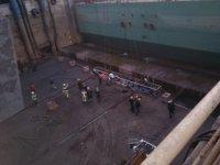 Tersanede iskele halatı koptu: 5 işçi yaralı