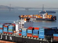 Asia-Europe ocean freight prices fall further