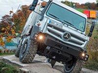"""Mercedes'in Unimog'u """"Yılın Off-Road Aracı"""" seçildi"""