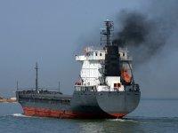 """Yaptırımlar geliyor: Eski gemiler """"out"""" çevreci gemiler """"in"""""""