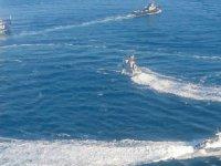 Savaş çanları: Rusya 2 gemi ile 11 motora el koydu