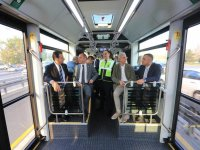 Yeni metrobüsü Ekrem İmamoğlu test etti