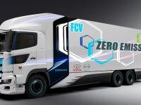 Toyota ve Hino'dan 600 km menzilli, hidrojenli ağır ticari
