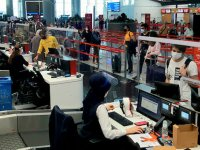 Yurt dışı tarifeli yolcu uçuşları yeniden başladı