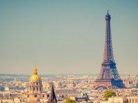 Paris'te toplu taşıma 18 yaş altına ücretsiz oluyor