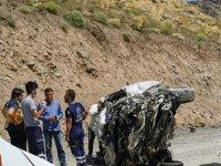 Öğretmenleri taşıyan araç devrildi: 6 ölü var