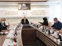 Bakanlar Türkiye-İran taşımacılığını konuştu