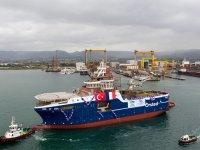 Cemre, rüzgar türbini destek gemisini denize indirdi