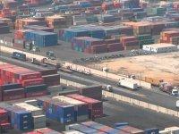 130 konteyner Cidde Limanı'nda bekliyor