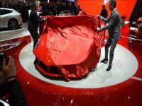 Yeni Ferrari görücüye çıkıyor