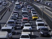 Dizel otomobiller gaza bastı