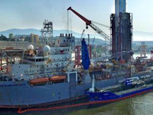 Türkiye'nin en büyük deniz motorini ikmali